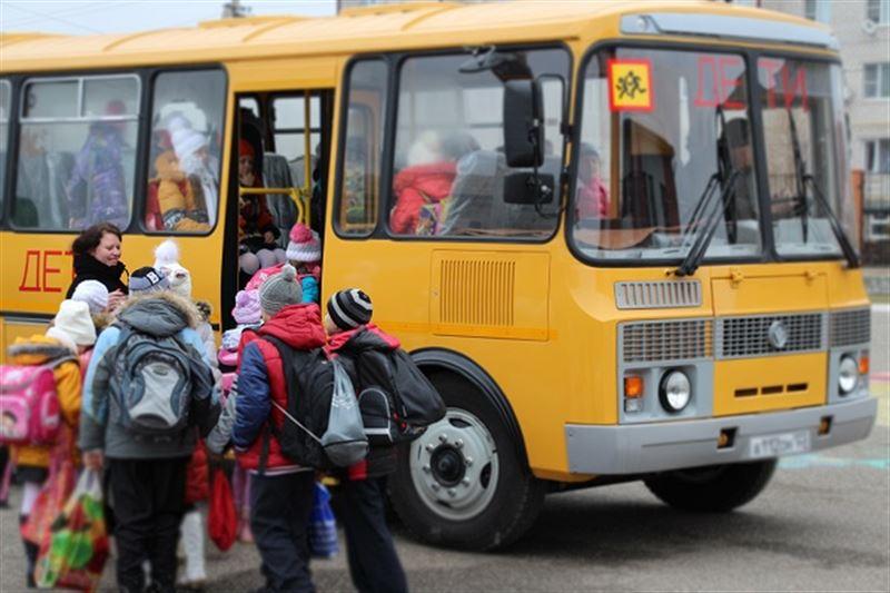 Доверенность на детей могут отменить при въезде из России в Казахстан