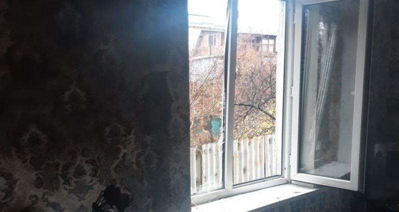Четверо пострадали из-за хлопка газа в доме в Алматы