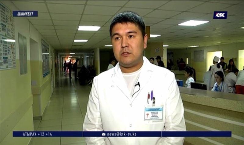 Рабочий, которого завалило грунтом, рассказал врачам подробности ЧП