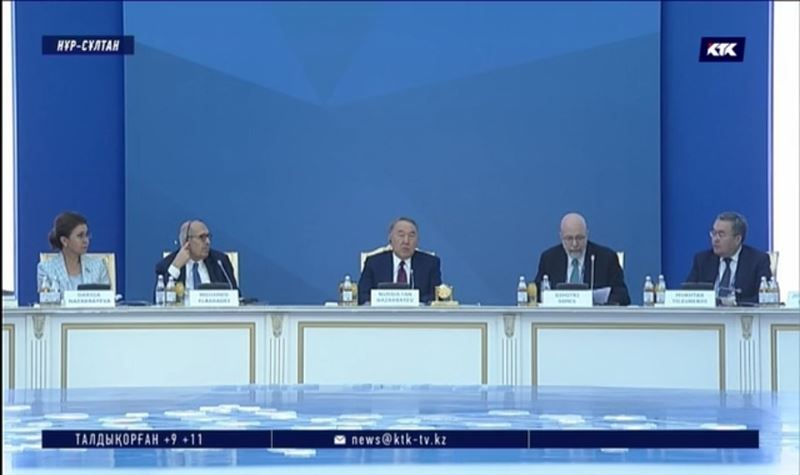 Назарбаев Путин мен Зеленскийді бетпе-бет кездестіргісі келеді