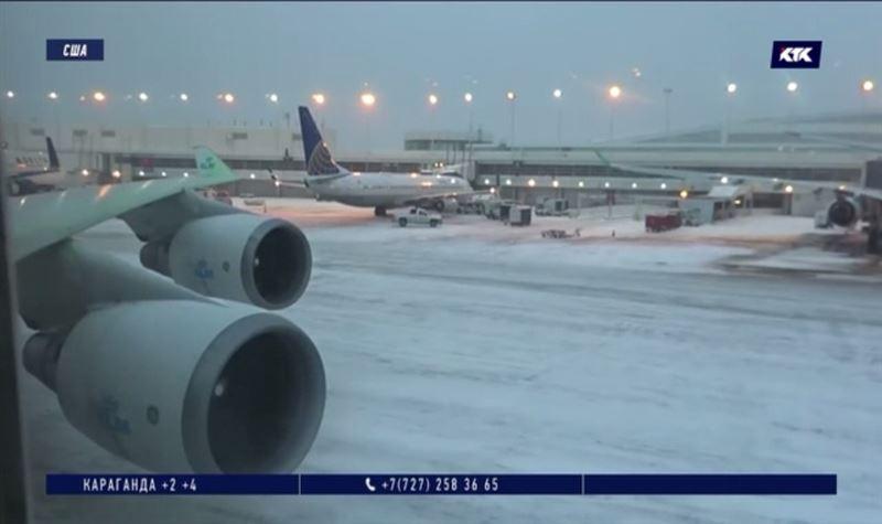Из-за метели отменено более тысячи рейсов