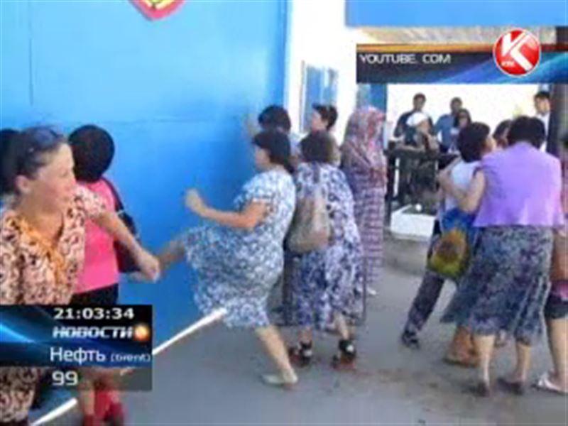 В Актобе накануне бунтовали заключённые и их родственники