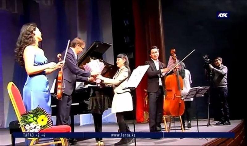 Известные музыканты порадовали концертом и помощью жителей ВКО