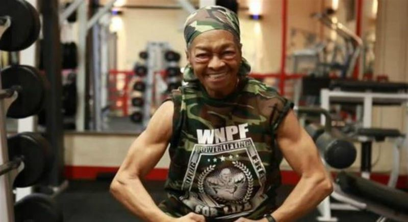 82 жастағы әжей үйіне түскен ұрыны соққыға жыққан