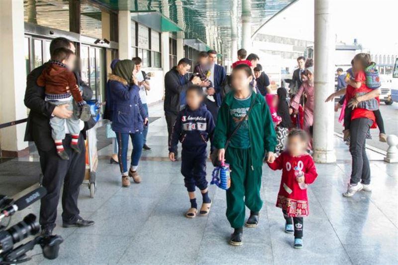 14 казахстанских детей эвакуировали из тюрьмы в Ираке