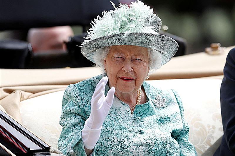 Королева Елизавета II может отказаться от престола