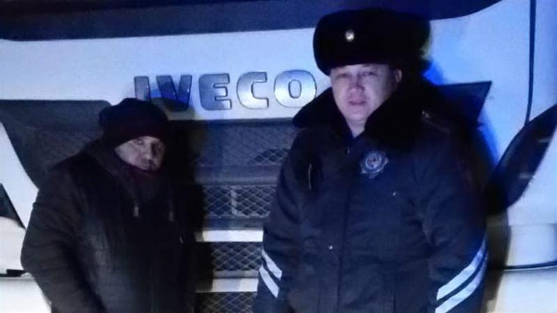 Полиция Акмолинской области спасла дальнобойщиков из Турции
