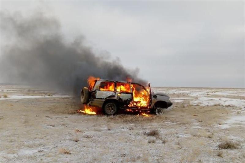 Браконьеры, охотившиеся на сайгаков в Актюбинской области, пытались поджечь свое авто
