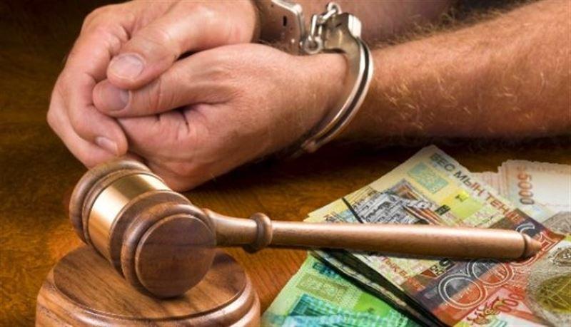 К 4 годам тюремного заключения приговорили бывшего прокурора за взятку