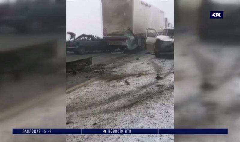 Қарағанды – Теміртау тас жолында бес бірдей көлік апатқа ұшырады