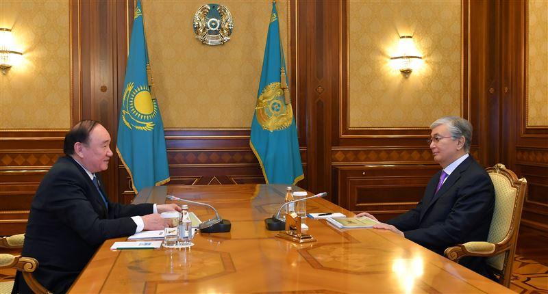 Президент провел переговоры с главой партии «Ауыл»