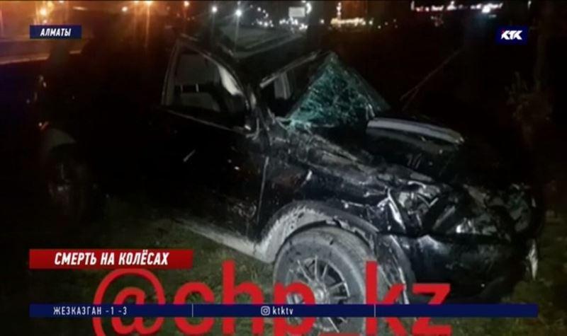 Пьяный за рулём внедорожника сбил насмерть мужчину на тротуаре