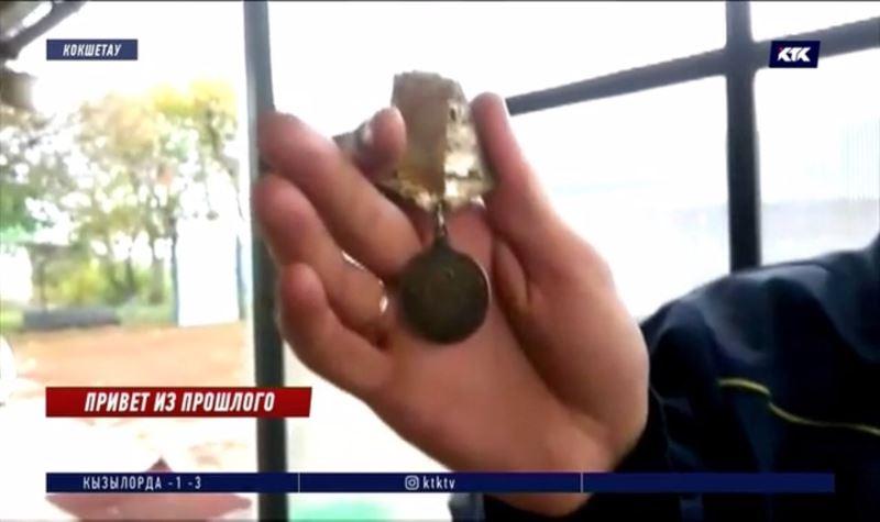 «Сейчас такое чувство, что отец рядом» – медаль солдата нашла его семью через 75 лет