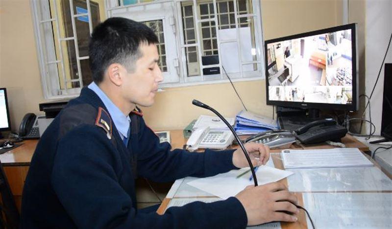 Ранее судимый житель Туркестана похитил машину, телефоны и 1,5 млн тенге