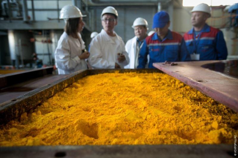 Казахстан продолжает лидировать по добыче урана