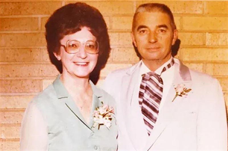 Супруги, прожившие в браке 70 лет, умерли с разницей в 20 минут