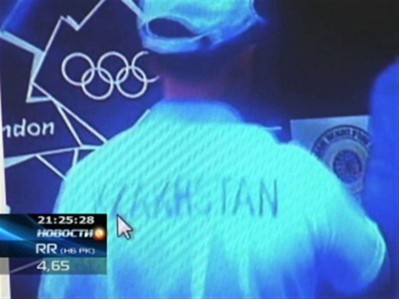 "Новый олимпийский скандал: на майке тренера разглядели ""KZAKHSTAN"""