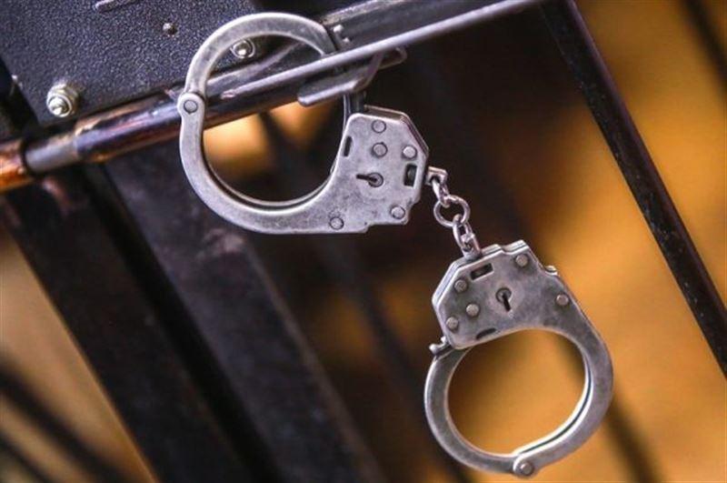 Группа мужчин ограбила работника АЗС в Туркестанской области