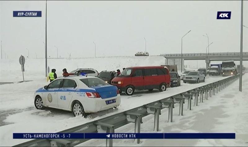 Непогода стала причиной массовых ДТП, погибли почти 40 человек