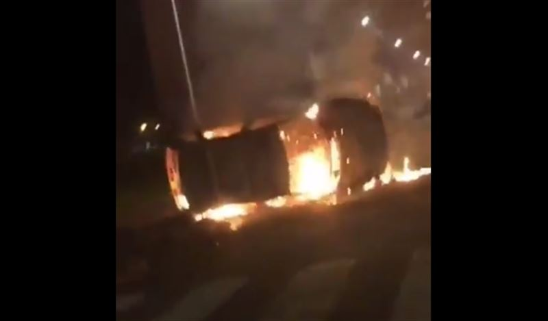 Более 200 машин сожгли в Страсбурге в новогоднюю ночь