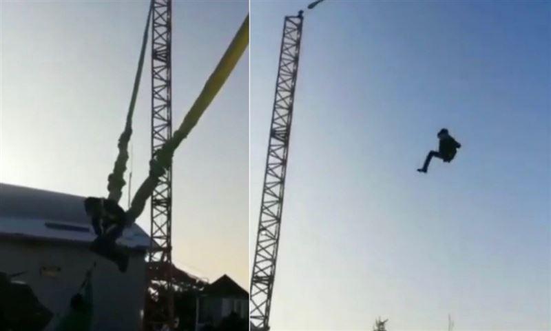 Появилось видео падения ребенка с аттракциона «рогатка» на Кок-Тобе в Алматы