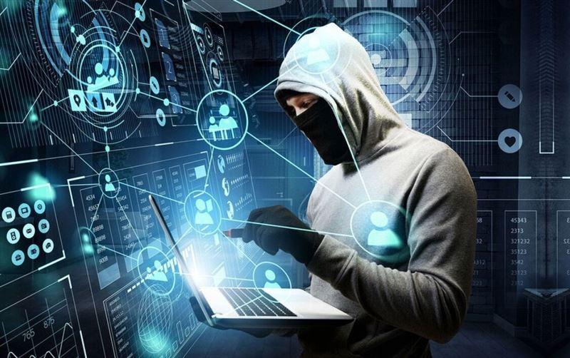 В Казахстане мошенники под видом опроса в соцсети собирали данные банковских карт