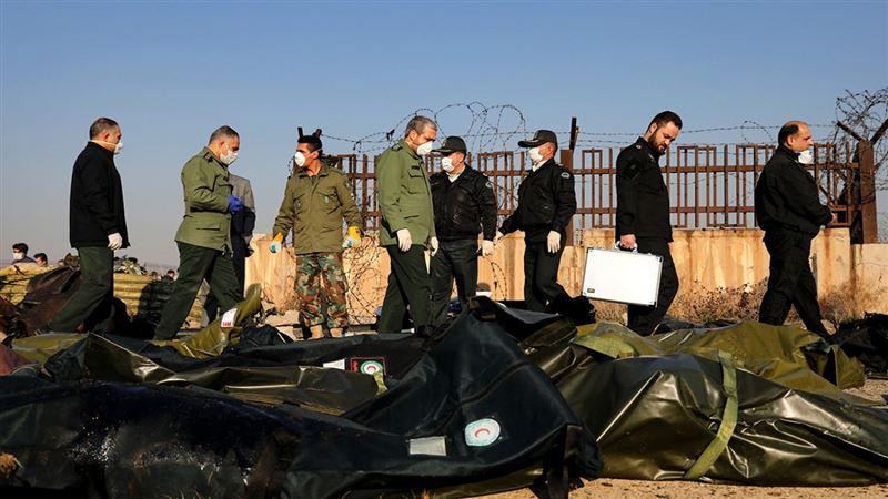 Две иранские ракеты попали в украинский самолет, заявила разведка США