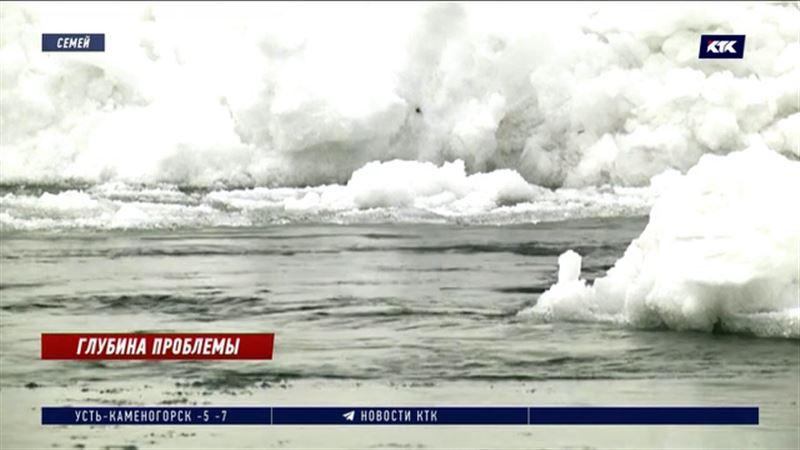 Уровень воды в Иртыше превысил критический, семейчане предупреждены о возможной эвакуации