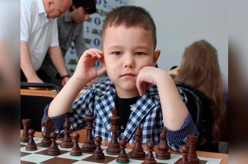 5 жасар бала шахматтан Қазақстан чемпионы атанды