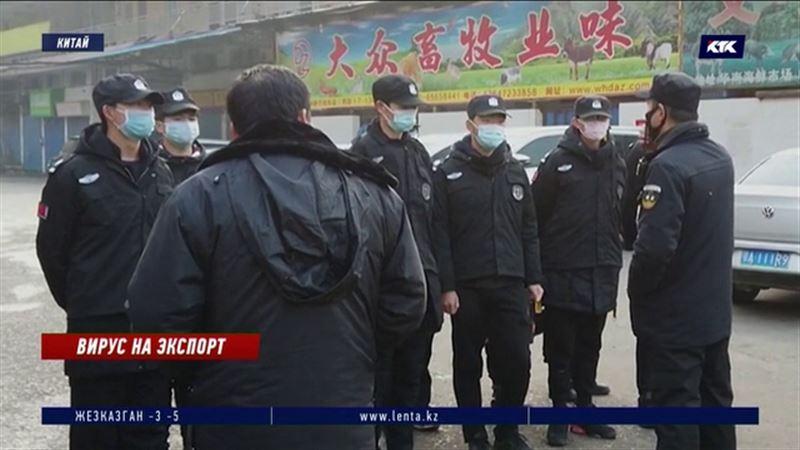 Китайской пневмонией заразилось более 400 человек