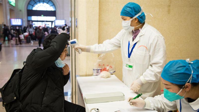 Жителям Уханя запретят покидать город из-за вспышки пневмонии