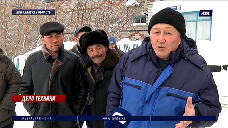 Сельчане не попали на отчет акима района из-за снежных заносов