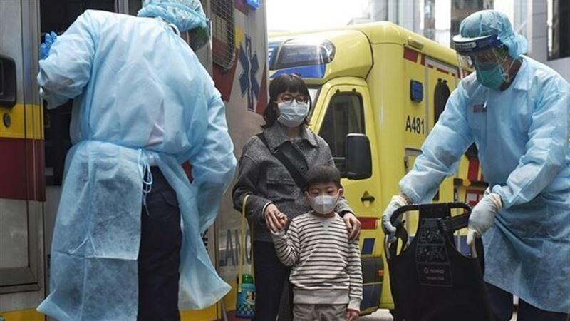 СМИ: в Китае 10 городов провинции Хубэй приостановили работу транспорта из-за коронавируса