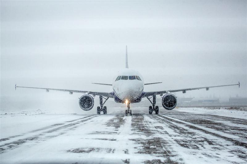 Самолеты до сих пор находятся в столичном аэропорту из-за непогоды