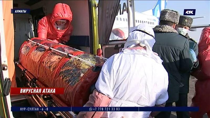 В аэропорту Алматы показали, что будут делать с заражёнными коронавирусом