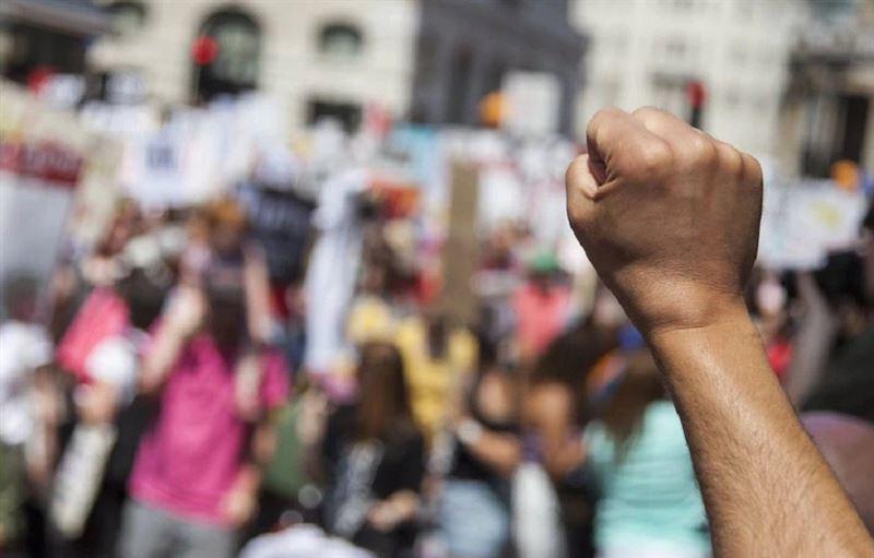 В стране примут закон о проведении мирных митингов
