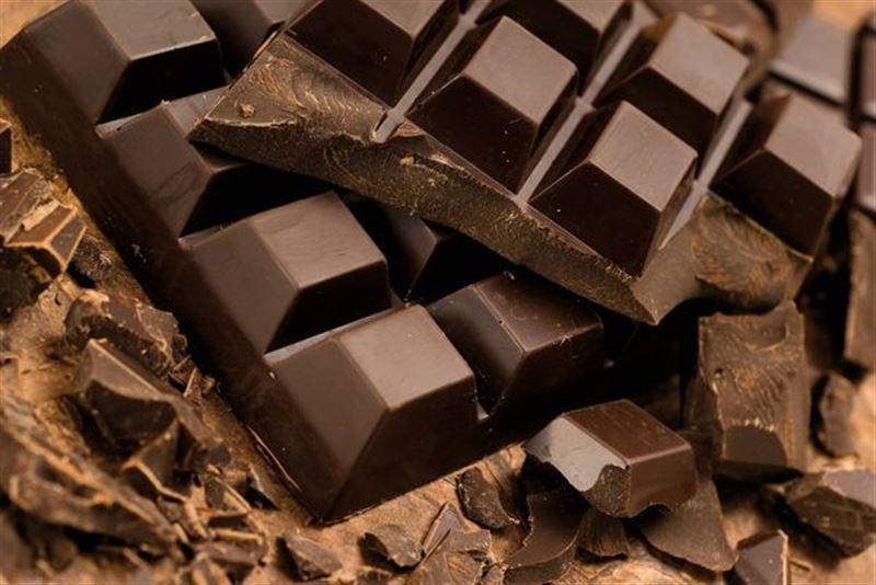 Қара шоколадпен салмақты азайтуға болатыны анықталды