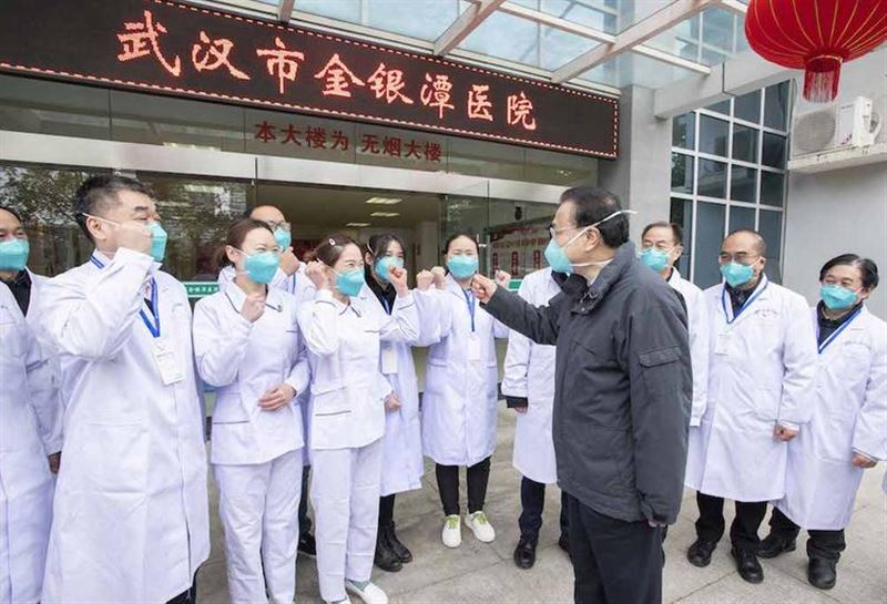 Число жертв смертельного вируса в Китае выросло до 106 человек