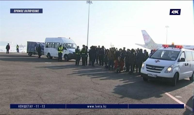 Новости - Казахстанцы, вернувшиеся из Китая с признаками ОРВИ, госпитализированы