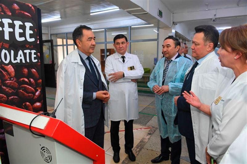 Бакытжан Сагинтаев проверил, как работают медучреждения Алматы в условиях ОСМС