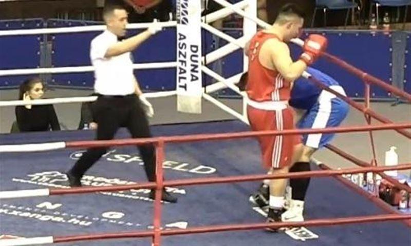 Қазақстандық боксшы Венгриядa қарсыласын нокдаунға жіберді
