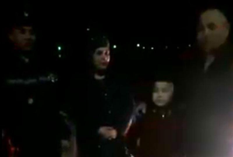 Полицейские вернули семье мальчика, забытого родителями на трассе