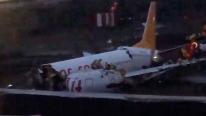 Момент жесткой посадки самолета в Стамбуле попал на видео