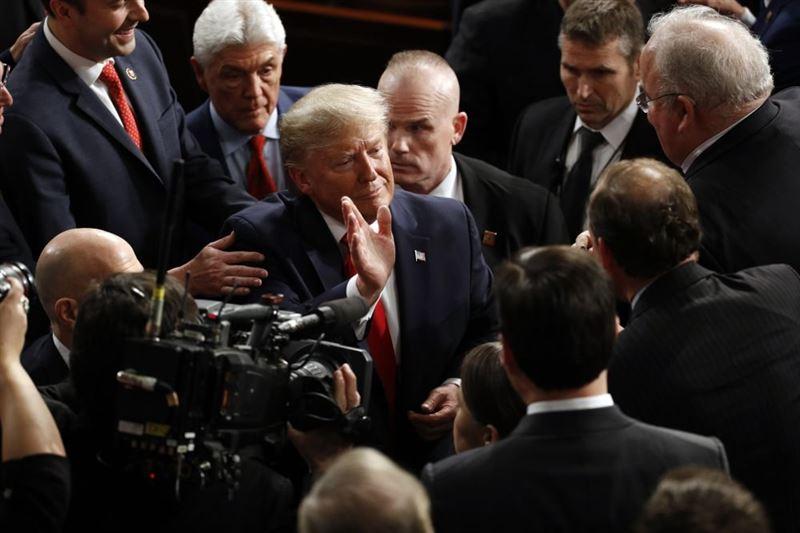Сенат оправдал Дональда Трампа и спас его от импичмента