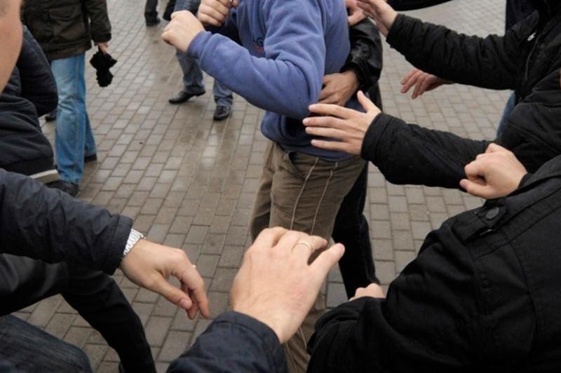 Оралда мектеп оқушылары қатысқан жаппай төбелес болған