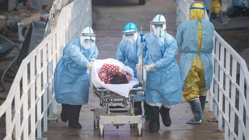 908 человек умерли от коронавируса в Китае