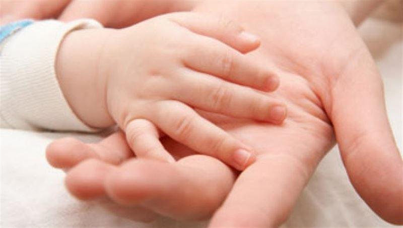 В Атырау не стало младенца, который лишился носа