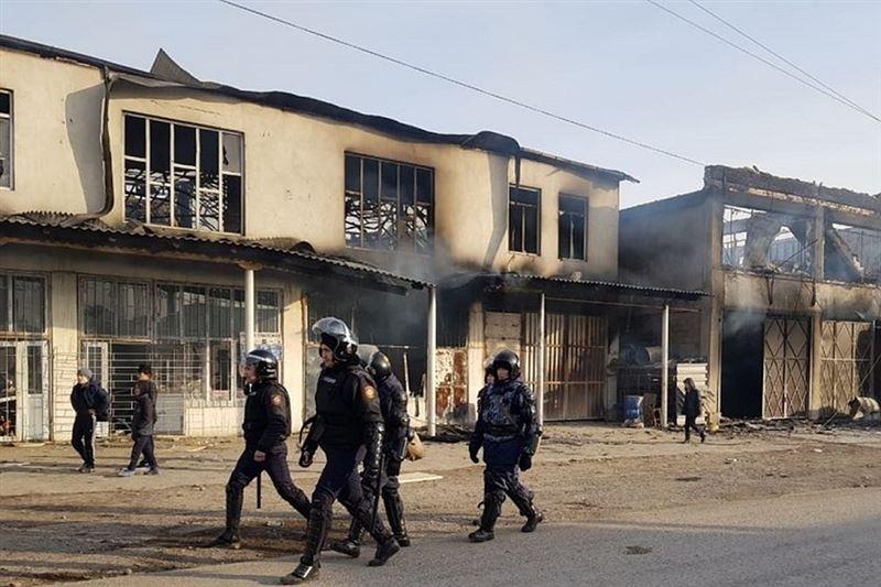 19 полицейских пострадали при конфликте на Кордае
