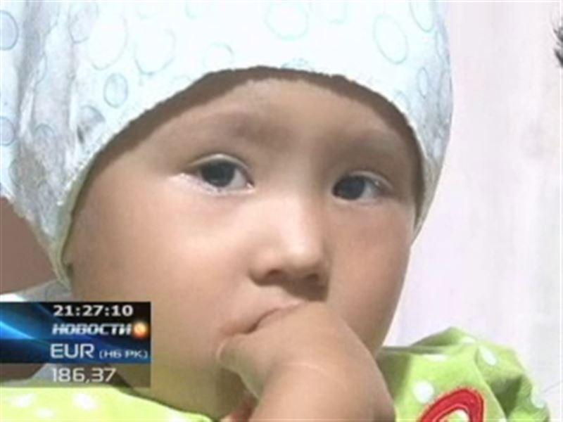 Трехлетней малышке из Актобе срочно нужна помощь