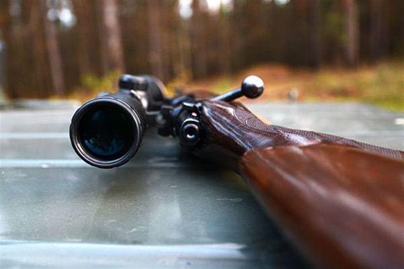 Мужчина начал стрелять по прохожим в Калининграде